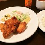 洋食 松キッチン - カキフライ