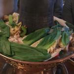 レッサムフィリリ - ギャコック鍋