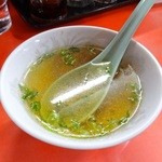 宝津飯店 - サービスでスープ付けてくれました