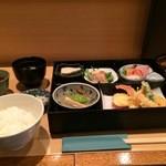 楷菜味 わたなべ - 松花堂弁当をいただきました
