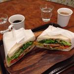 社員食堂 ゆにわ - サンドイッチ、ボリュームたっぷりでした。美味しかったです