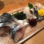 魚がし日本一 - 〆鯖と小鰭のお造り
