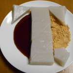 住吉 - お餅は三角に切れてます