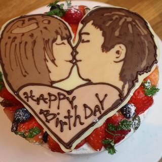 **お誕生日などサプライズケーキも大歓迎!!**