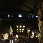 珈琲館 くすの樹 - 【16年1月】吹き抜けとなっています。2階は喫煙室