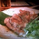 4718012 - えん流骨付き鶏の一枚焼き800円