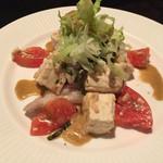47180615 - 島豆腐とアグーの三枚肉・ツーナーのアーサードレッシング和え