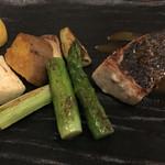 47185948 - メイン|平目のグリルと新鮮野菜                       野菜はアスパラ、茄子、エリンギ、安納芋                       ※みんなは山形牛(特別で魚にして貰いました)                       2016/01/22(金)訪問                       #OZmall4800yen、#女子会