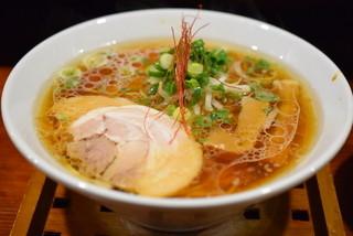 麺舎 ヒゲイヌ - 醤油らーめん