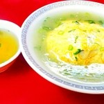 満海 - 料理写真:天津飯(塩味) 650円   スープとか要らんから・・片栗粉プリ~ズ( ̄▽ ̄;)