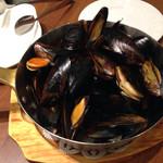 47199973 - ムール貝のワイン蒸し 1,598円
