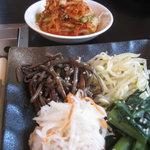 浜忠焼肉レストラン - ナムル&キムチ
