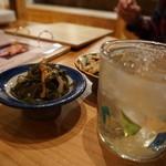 琉球料理といまいゆ しんか/肉バル&ダイニングヤンバルミート - つきだしとお酒