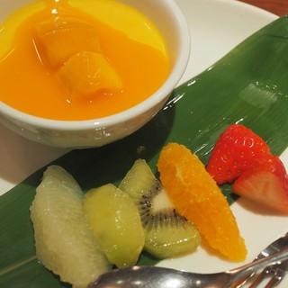 HONG KONG SWEETS 果香 - 料理写真:マンゴープリン