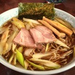 酒麺房 さの屋 - 信州式中華そばは、黒胡椒がガッツリ効いている