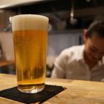 bellDining - ビールと… 誰でしょう(^^;