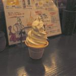 室町ノおみつ - 濃厚ソフトクリーム。