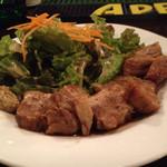 ケルティック - 食べると顔の筋肉がゆるむ豚バラのギネス煮!マスタードと絡めながらどうぞ♪( ´▽`)