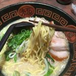 にんにくラーメン 幸ちゃん - ラーメン  700円