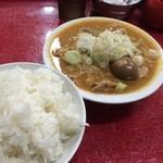 47207762 - もつ煮・並(450円) + ライス・並(200円)