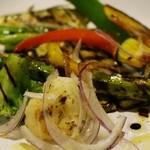 オステリア テゴラ - グリル野菜のサラダ バルサミコ風味 900円