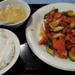 47211968 - 鶏肉辛子炒め780円
