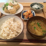 47215412 - 高野豆腐のフライ  自家製タルタルソース定食