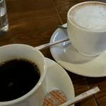 イタリアンダイニング CAFE bird - ホットコーヒーとラテ