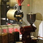 椿サロン - 焙煎機