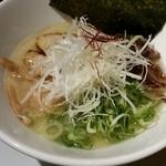 47218178 - 濃厚鶏白湯ラーメン750円