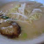 香苑 - 豚骨ラーメン