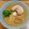 Ramentaniya - 料理写真:醤油ラーメン(太麺)