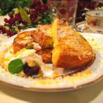 ワサビカフェ - こんがり焼けたカリカリチーズが美味しいチーズフレンチトースト