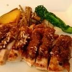 洋食カフェ・バー KITORI - 鶏もものポアレ、柚子味噌仕立て
