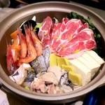 魚介料理 海 - 寄せ鍋