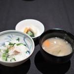 日本料理 楮山 - 汁ものは豚汁
