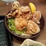 大戸屋 - サイドメニューの鶏唐揚げ