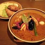 47241409 - ブリかつのスープカレー彩り野菜(950円税)です。