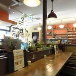 珈琲新鮮館 - 店内 イイ雰囲気でしょ。