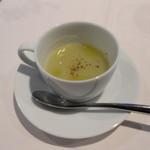 カンブーザ - ネギとジャガイモのスープ