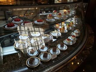 神戸にしむら珈琲店 中山手本店 - ガラリと変わったケーキの風情