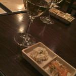 PORCO ROSSO - お通しとワイン
