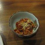 石焼道 - ついでに韓国の塩辛のチャンジャ400円も注文。