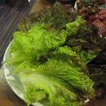 石焼道 - 焼き肉のお供、チシャは500円です