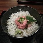 和食屋 - ねぎとろしらす丼