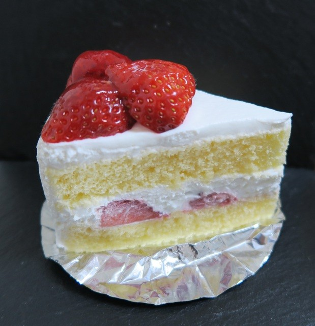 パティスリー ホソヤ - ショートケーキ