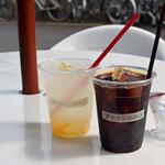 アカボシ珈琲店 - 柚子ソーダとアイスコーヒー