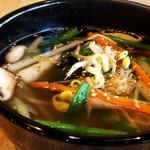 牛園 和牛焼肉 - 野菜スープ