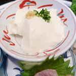 御料理 宮した - 2016自家製の豆腐はそのままで食べるのを勧められます。