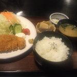 もとじ 和風レストラン - とんかつ+ライスセット
